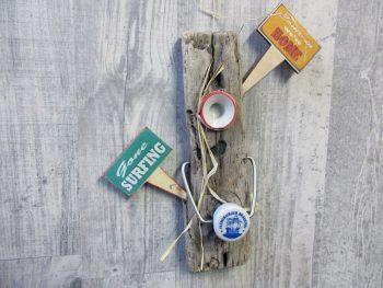 Magnetisches Gone Surfin'-Sign aus Treibholz