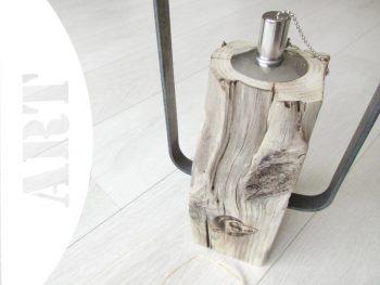Stilvolles Windlicht aus Treibholz